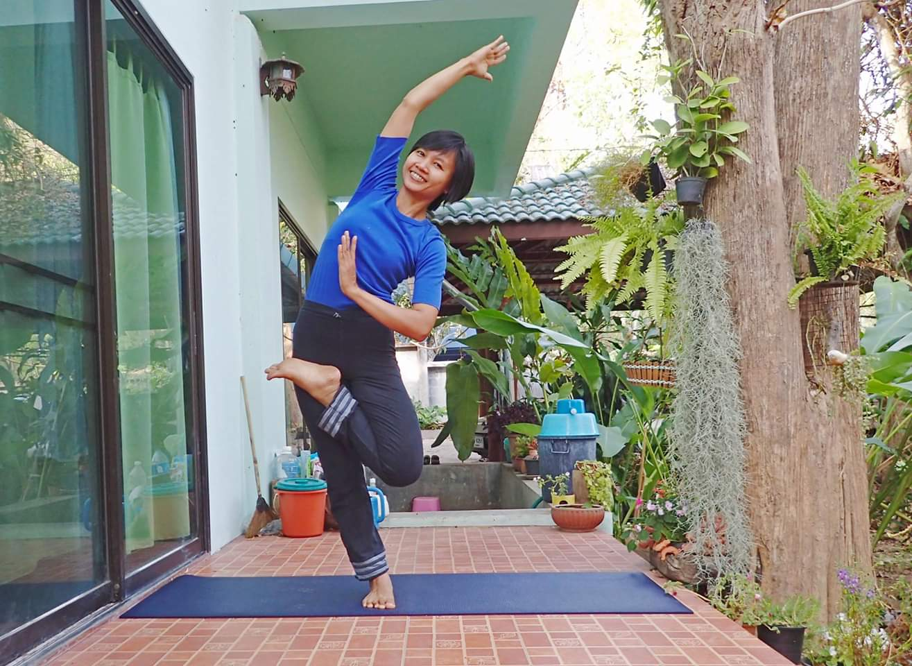 Yoga teacher chiang mai